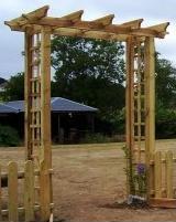 Garden Arch pergola walkway